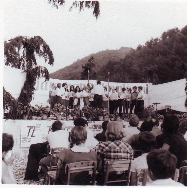 1972 senjam beneske piesmi
